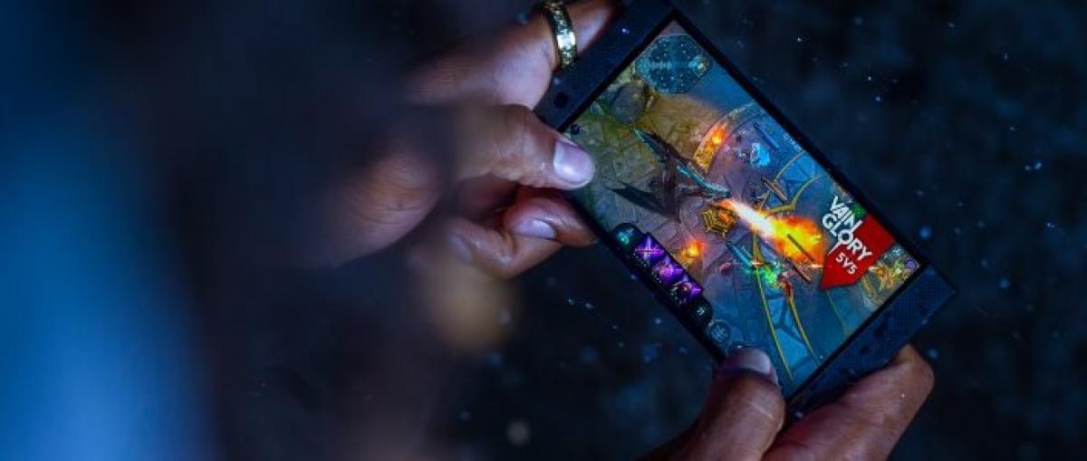 El Razer Phone 2 llega con Snapdragon 845, carga inalámbrica y pantalla de 120 Hz mejorada