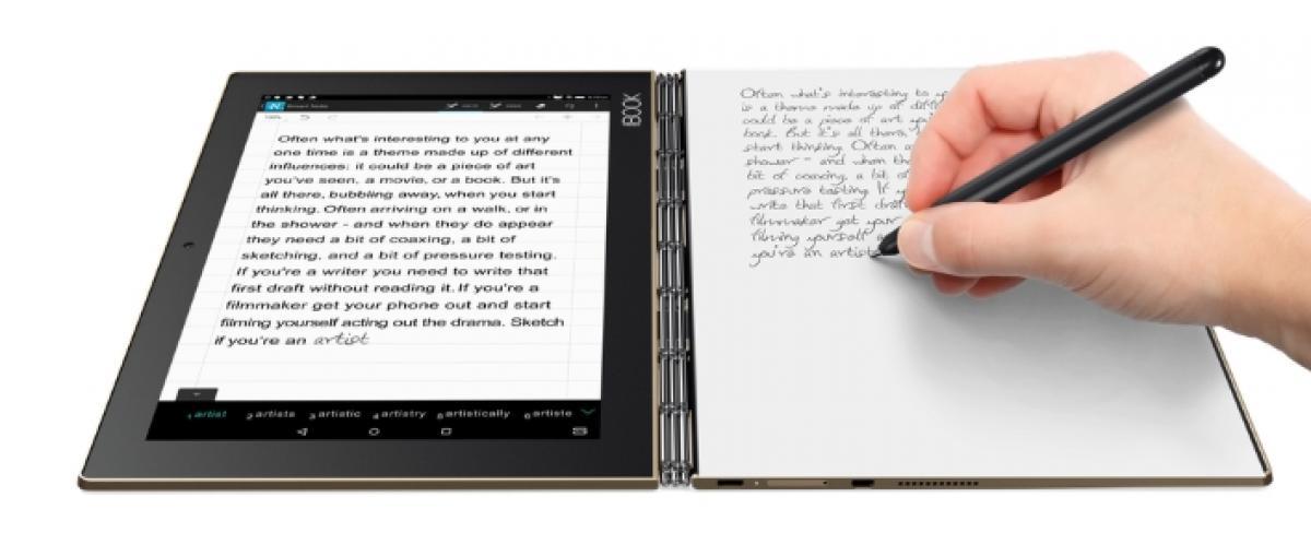 Lenovo presenta el portátil Yoga 910 y sorprende con su nuevo convertible Yoga Book