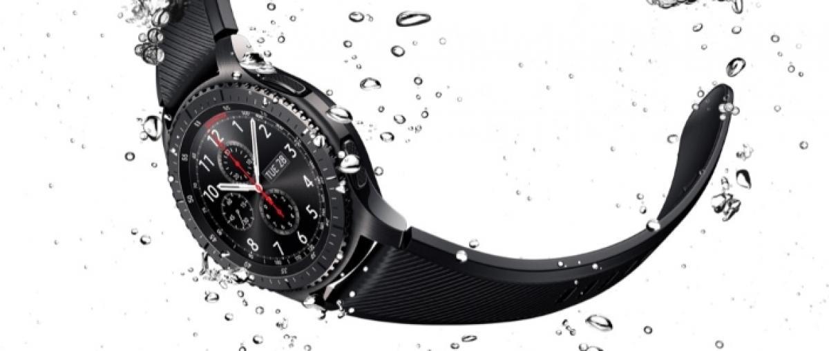 Samsung presenta el reloj inteligente Gear S3 y Asus el ZenWatch 3