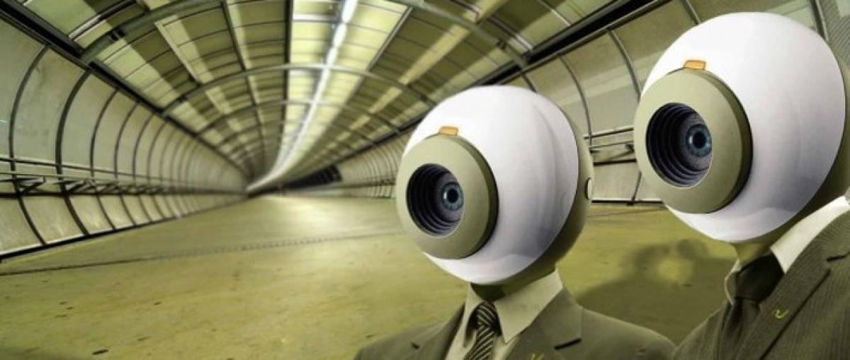 El Tribunal de Justicia de la UE declara ilegal la ley de vigilancia electrónica británica
