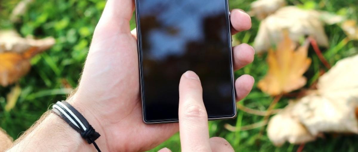 Qualcomm anuncia lectores dactilares bajo la pantalla y potencia su gama media con el Snapdragon 450