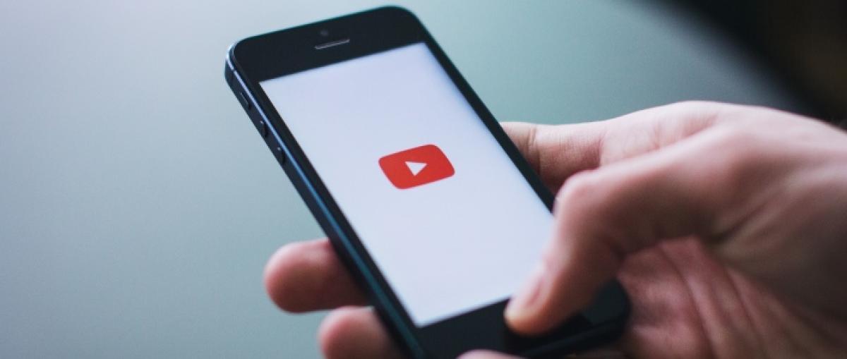 "Un sondeo de mercado menciona un teléfono ""YouTube Edition"" con el sello de Google"