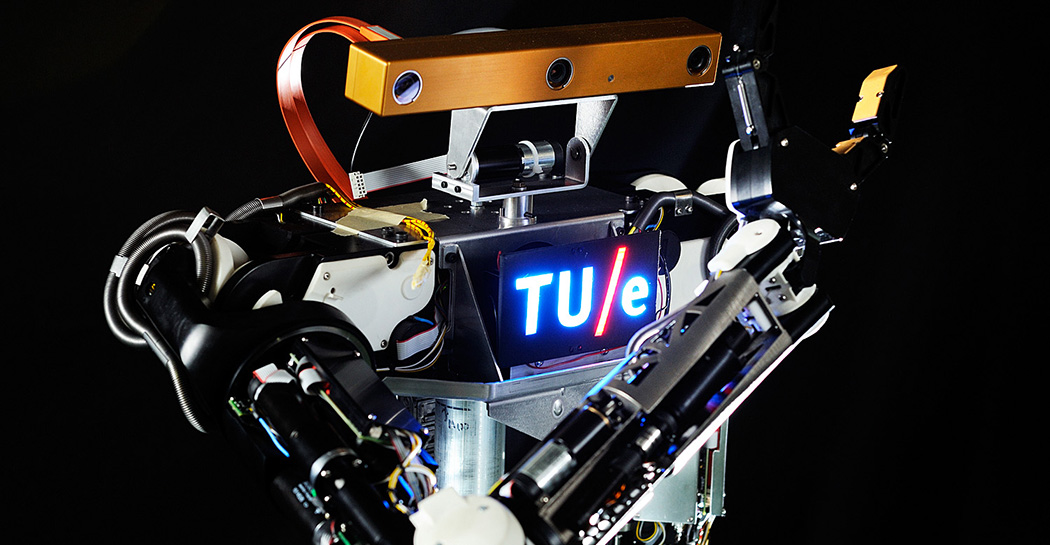 RoboEarth: Máquinas con un cerebro común en la nube para aprender de la experiencia 150114104310_0